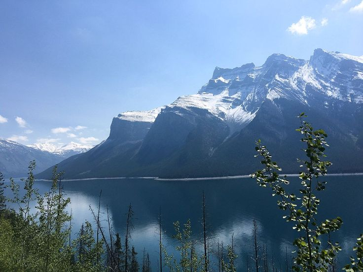 The Lake Minnewanka Lakeside hiking walk is a special treat for those in Banff. This hiking trail winds along a beautiful mountain-fringed lake near Banff.
