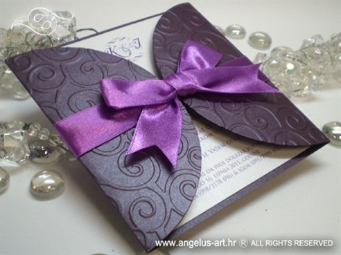 purple invitation....I need to have this