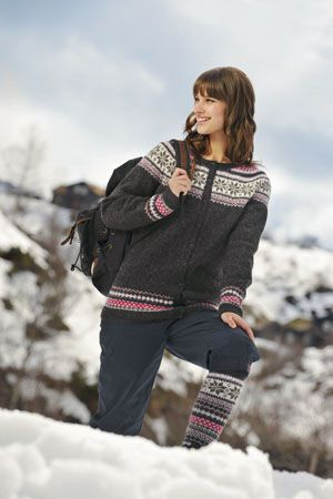 1011: Modell 9 Jakke og knestrømper #strikk #knit #fjells