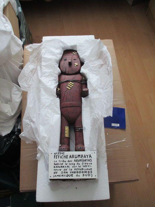 Tintin - figurine - Moulinsart - objet du mythe - The Arumbaya fetisj - The Broken Ear - (2014)