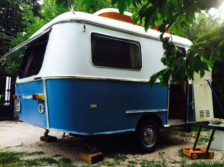 Baking A Travel Trailer In A Campsite