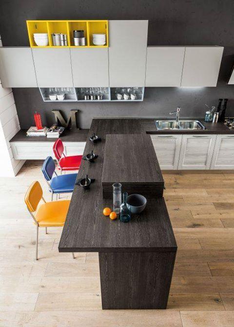 Tavolo Snack per le tue colazioni: finiture laminato effetto legno che riscaldano un po l'ambiente della tua cucina o della tua zona living... Un tocco di originalità con le nuove soluzioni a incastro!!