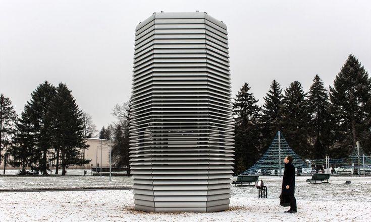 V polském Krakově postavili první vzduch čistící věž Smog Free Tower