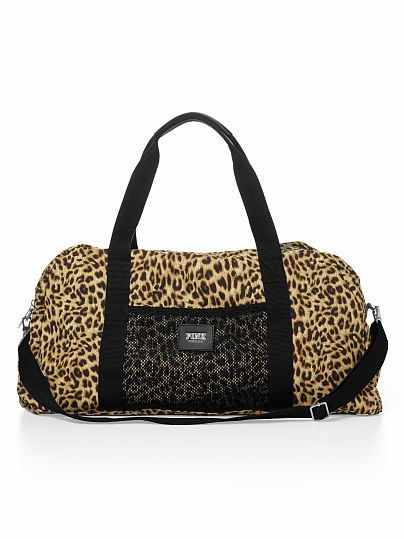 Been obsessed with VS gym bags lately! I need one (: cute ones in store too.