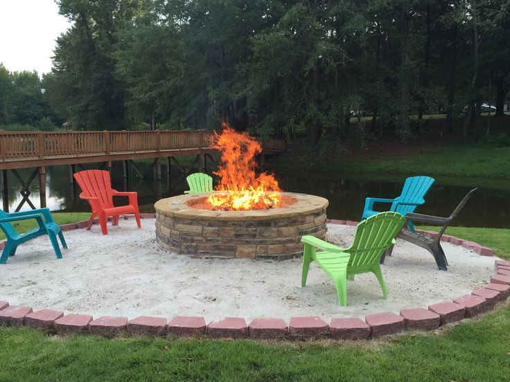 Beach style fire pit