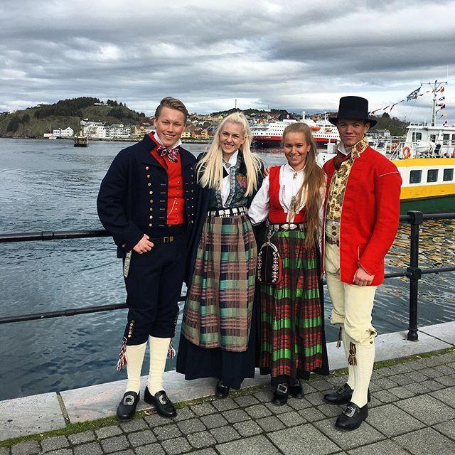 "Daughter and friends in national costumes ""bunad"" by the seaside in #Kristiansund #constitutionday #17mai #norway #nordmøre #bunad #nordmørsbunad #hurtigruten #sundbåten #Nordmøre"