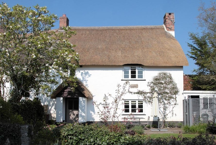 Moorland View is a two-bedroom, thatched miners' cottage dating from 1705. It's in the centre of a 13th century, thatched Dartmoor village, a short walk from the local pub, and with beautiful woodland walks on the doorstep.