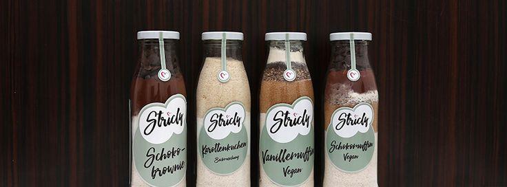 Unsere Backmischungen kommen zu euch in schönen Flaschen. Auch super als Geschenk :)