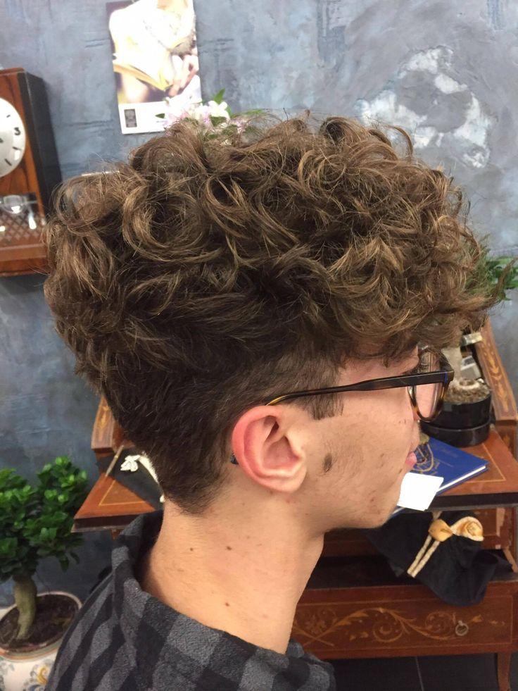 Tagli Maschili collezione A/I 2016/17 #man #haircut #style #degradè #wella #sustainablebeautypartner #davines #ootd #looklivefrancaparrucchieri #viadeimirti29 #ragusa