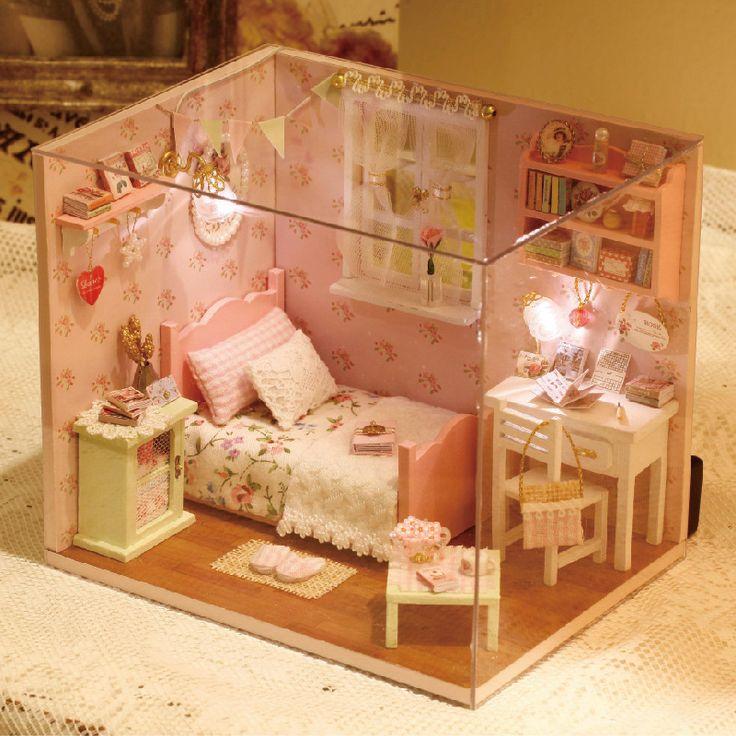Aliexpress.com: Compre Diy modelo de quebra cabeça de madeira em Miniatura Doll House mobiliário brinquedo Miniatura de bonecas artesanais presente de aniversário criativo sol anjo de confiança anjo rosa fornecedores em HELLO, LADY