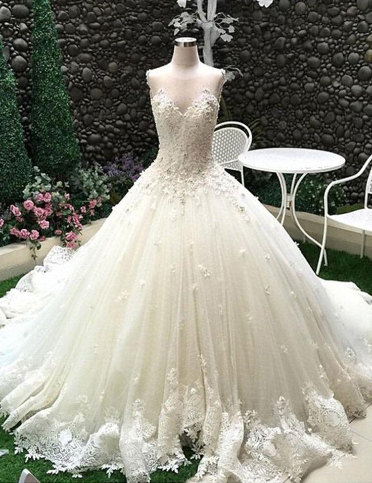 Ballkleid Kathedrale Schleppe Tüll Brautkleid Hochzeitskleid mit Spitze Applikationen