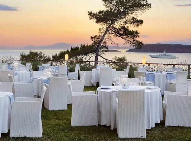 Il Tramonto restaurant through the eyes of www.ladylike.gr