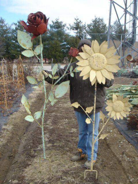 Giant Tin Rose Yard Stake  - 74 Metal Garden Flower