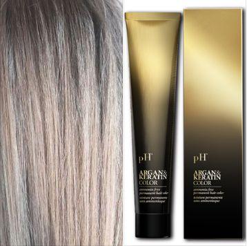 pH Pure Hair Illuminating Color è una rivoluzionaria crema gel colorante senza ammoniaca, arricchita con Olio di Argan e Cheratina. Colori intensi. Riflessi luminosi. Perfetta copertura dei capelli bianchi. Schiarisce il colore naturale fino a 4 toni, assicurando una lunga durata e tenuta del colore. Una formula delicata, ideale anche su capelli molto sfruttati e sensibilizzati. pH Pure Hair Illuminating Color ha una profumazione gradevole. è facile da applicare e non cola. La ricca gamma