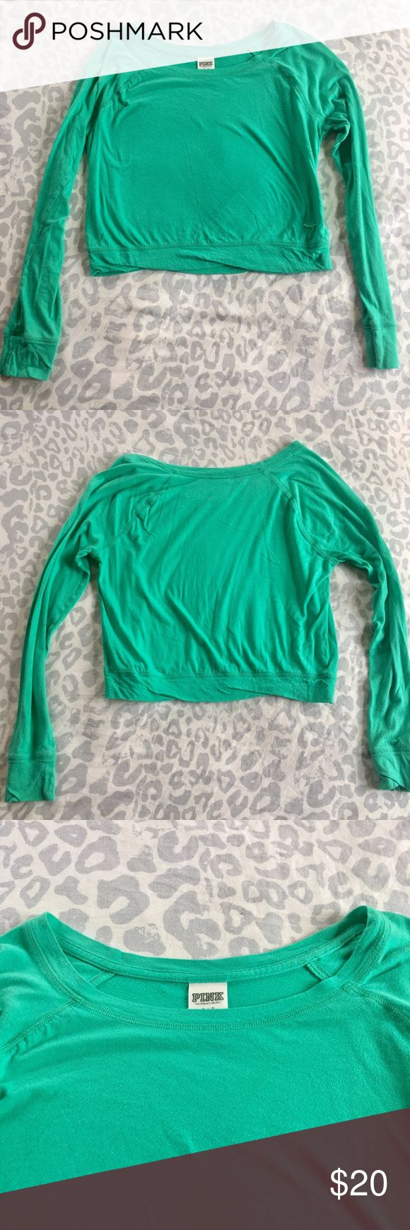 Victoria's Secret Pink Long Sleeve Cropped Top Designer: Victoria's Secret Pink Size: Small Details: -Victoria's Secret Pink Cropped Long Sleeve Shirt -Green -Slightly loose fit -Fitted at bottom (waist) -Bottom fits around belly button -60% Cotton 40% Modal -Bust 34/35 in.  NO TRADES  👯 Bundle two tops for a 15% discount!  💞Questions? I would love to help! PINK Victoria's Secret Tops Crop Tops