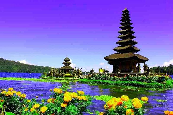 Bedugul dan Tanah Lot Full Day Tour. http://www.fastatour.com/bedugul-dan-tanah-lot-full-day-tour.html
