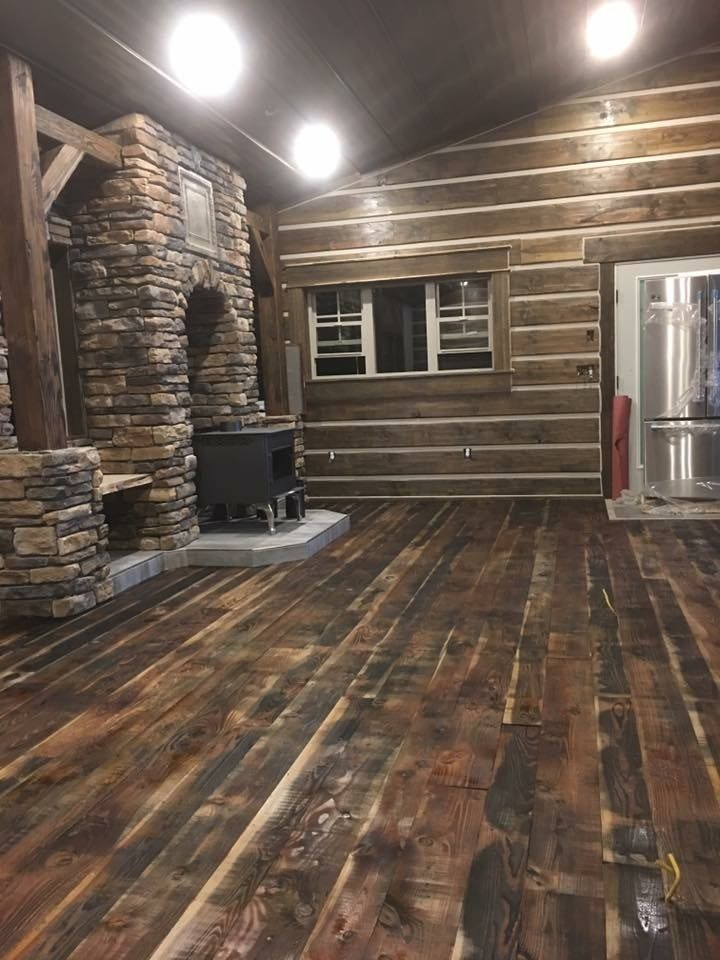 Check out this beautiful flooring job! Douglas fir never looked so good! Cast your final votes today for our photo of the month contest! #dougfir #flooring #homedecor #rustic #lumber #rusticlumber