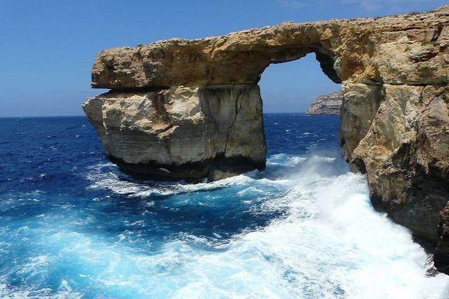 málta http://www.origo.hu/utazas/hirek/20150713-a-vilag-tiz-legszebb-szigete-kozott-ket-europai-van.html