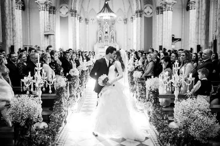 casamento-moderno-foto-milena-reinert-beijo-final