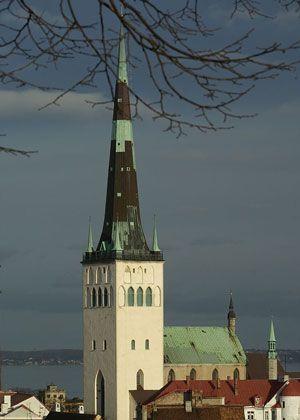 Церковь Олевисте. #Tallinn. St. Olav's Church is named after the Norwegian king Olav II Haraldsson - Baptist Norway (995-1030), later declared the patron saint of Norway, it is revered as the patron saint of sailors.