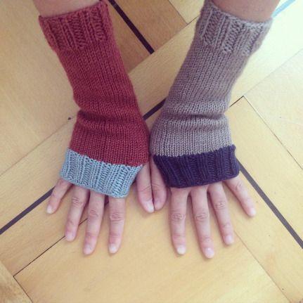 Die pdf Foto Anleitung für das Stricken dieser einfachen Armstulpen findet ihr auf meinem Blog.