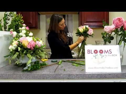Make a Ranunculus, Hydrangea, and Garden Rose Bouquet - YouTube
