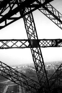 Tour Eiffel vue par Lucien Hervé