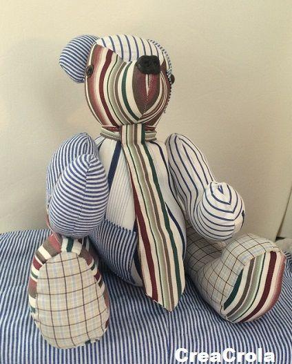 Herinneringsberen Balou, gemaakt van opa's overhemden met als wensje: stropdas. Mooi aandenken. www.creacrola.nl