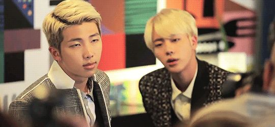 Oh they both look so hot, especially Rapmon ;)
