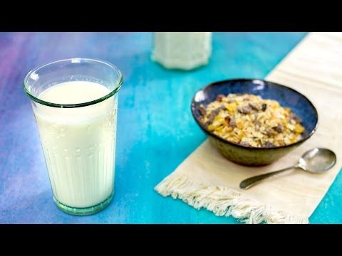 Latte di avena fatto in casa (con estrattore) - il goloso mangiar sano - YouTube