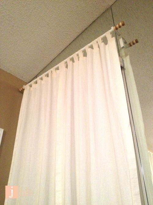 instructions on how to hang curtains without drilling holes in your wall no damage to the wall. Black Bedroom Furniture Sets. Home Design Ideas