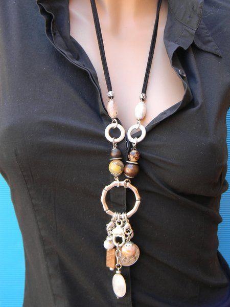 http://accesoriosparadama.org/wp-content/uploads/2013/05/collares-de-madera.jpg