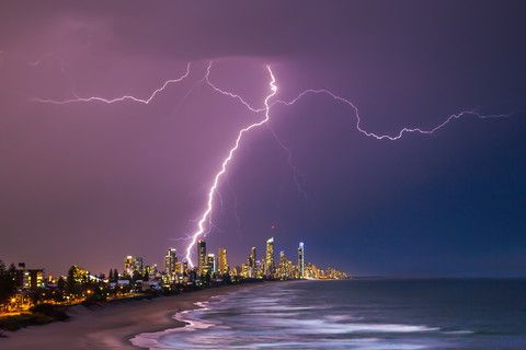 WOW!! An amazing capture of #Lightning & the marvellous view of the Gold Coast. #Nomadic #Photography #Love !