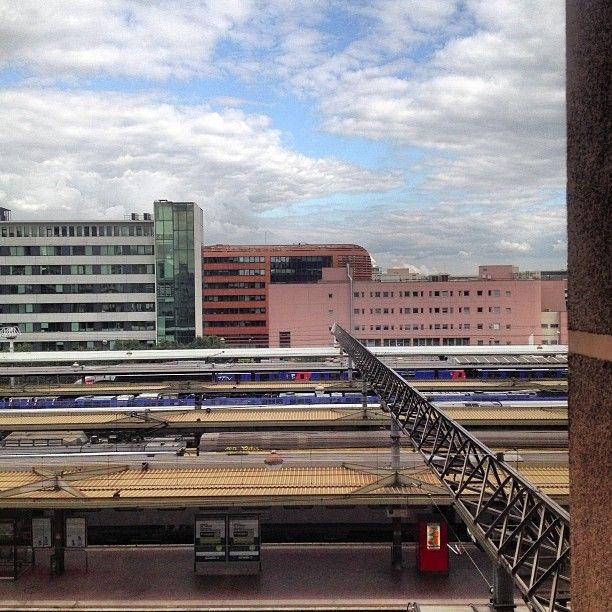 Vue au-dessus des voies de la #gare de #Lyon #PartDieu  (à Gare SNCF de Lyon Part-Dieu)