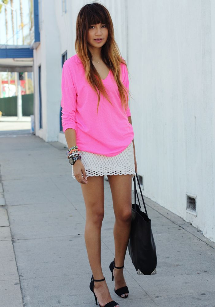 Neon pink.Pink Lady, Sincerelyjules Com, Pink Tops, White Lace, Sincerely Jules, Crochet Skirts, Lace Skirt, Neon Pink, White Skirts