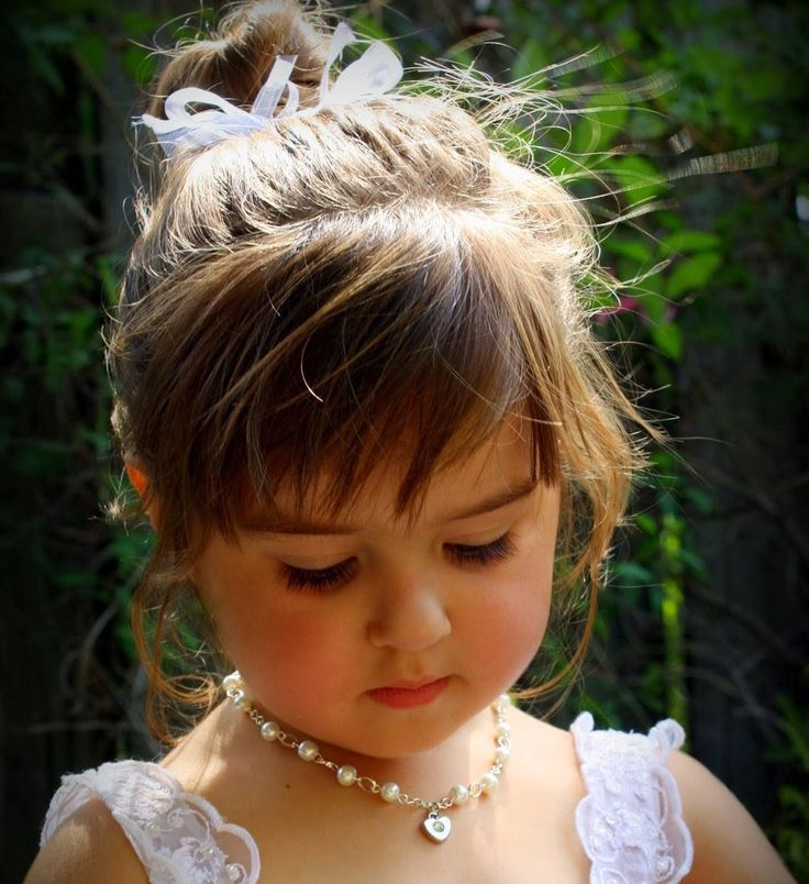 #Jenny was a #bright-eyed, #pretty f#ive-year-old girl. One day when she and her mother were checking out at the #grocery store, Jenny saw a plastic pearl necklace priced at $2.50.