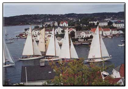 På vei til trebåtfestivalen i Risør