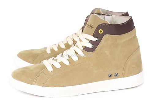 Sepatu pria GC 1021 adalah sepatu pria yang nyaman model trendy...
