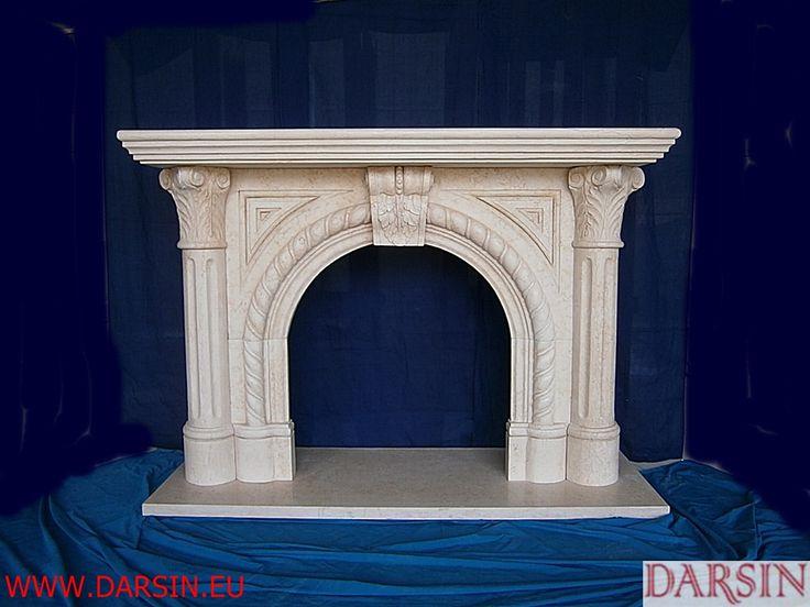 beige marble fireplace  English-style mantel  kominek w stylu angielskim z beżowego marmuru DARSIN COMPANY www.darsin.eu custom-made mantel kominki/obudowy kominków z marmuru beżowego  Darsin www.darsin.eu info@darsin.eu