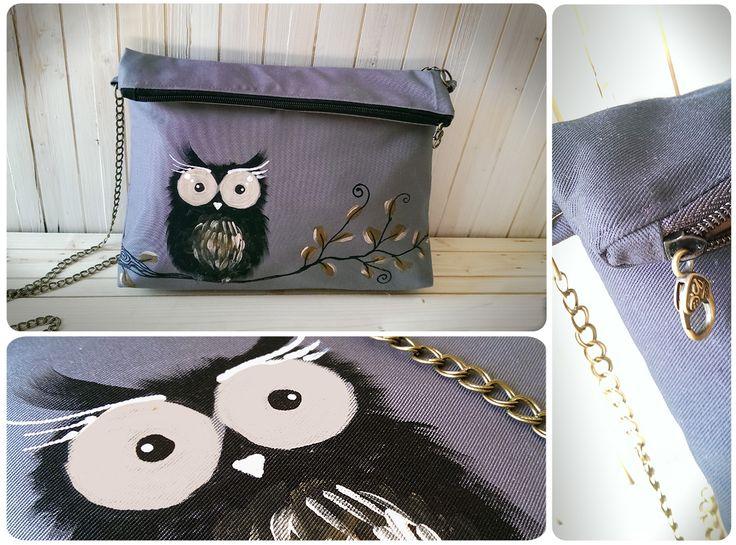 Geanta bufnita gri handmade este o geanta pictata manual pe textil gri