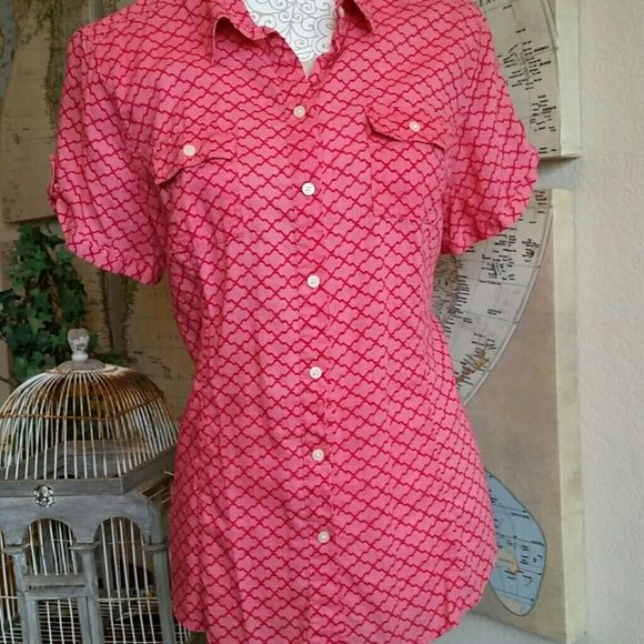 Old Navy short sleeve top Red Old Navy top which buttons up the front. Short sleeves with button straps and front pockets with buttons Old Navy Tops