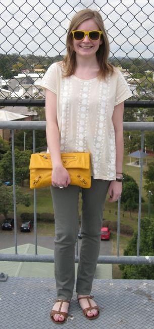 Away From Blue: Sass and Bide Tee, Khaki Skinny Jeans, Balenciaga Mango Clutch, Asos Sandals