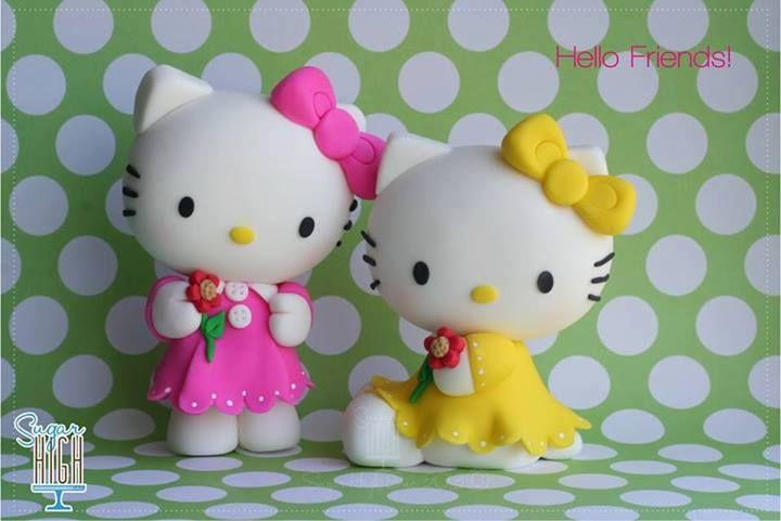 Fondant Hello Kitty figurines
