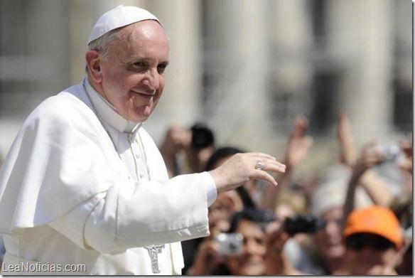 """Papa Francisco: """"El factor económico no debe prevalecer sobre el aspecto deportivo"""" - http://www.leanoticias.com/2014/05/05/papa-francisco-el-factor-economico-debe-prevalecer-sobre-el-aspecto-deportivo/"""