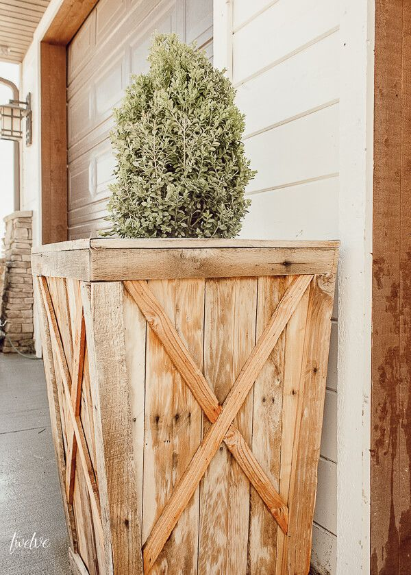 How I Turned A Pallet Into Planter Boxes Diy Wood Planters Wood Planters Wood Planter Box