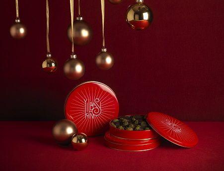 Kestanenin sıcaklığı çikolatanın mutluluğu…Yeni yıla tatlı bir gülümsemeyle girmeye ne dersiniz?