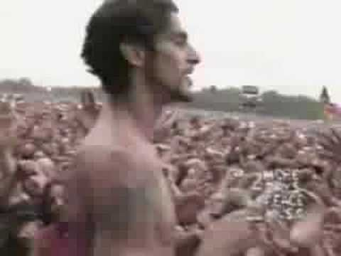 <3 Porno For Pyros - Pets / Woodstock 1994..... This is the band that Perry Ferrell formed after Jane's Addiction...