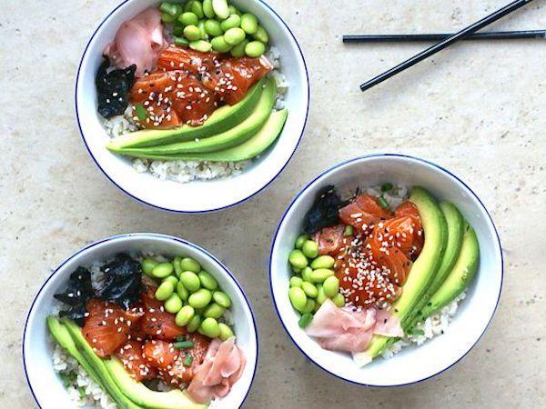 Foodies opgelet! De geliefde poké bowl trend arriveert binnenkort in Amsterdam. Lees snel alles over Poke Perfect Amsterdam op Your Little Black Book >>