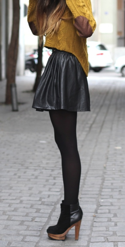 "Like the idea of this style of leather skirt, instead of the ""normal"" pencily style."