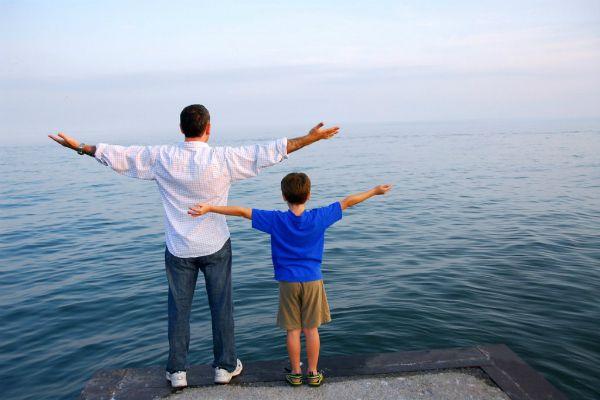 #папа #отец #мальчик  Роль отца в воспитании сына - описание аспектов, где роль папы в жизни мальчика незаменима. Советы мамам, которые воспитывают сыновей самостоятельно.